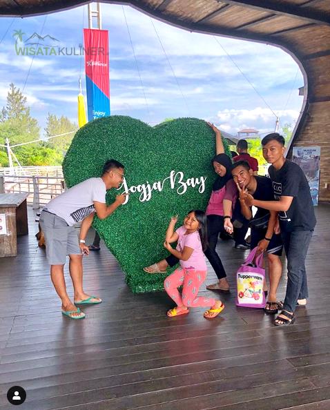 Wahana Menarik di Jogja Bay Waterpark.