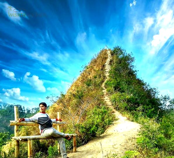 Wisata Gunung Kukusan Lokasi Rute Fasilitas Harga Tiket